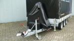 aanhangwagen met kraan opgebouwd