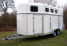 Weijer Cavalier Espace 3 paards aluminium trailer